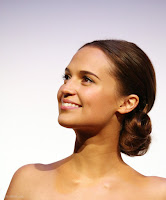 Alicia Vikander HQ photo