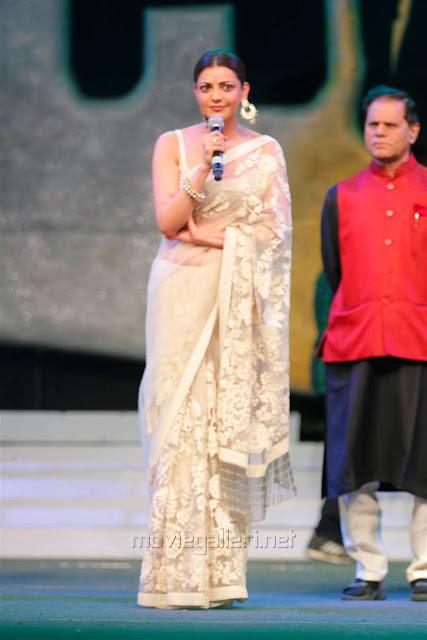 Kajal Aggarwal In Beautiful Designer Saree at Khiladi 150 Meet (8)