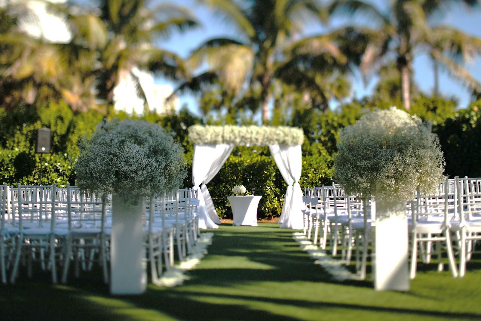 South Beach Photographer Kallima Photography Wedding Planner Divine Design By Guerdy Decor Ocean Flowers