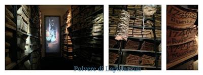 Immensi scaffali dove sono conservati i documenti economici di Napoli