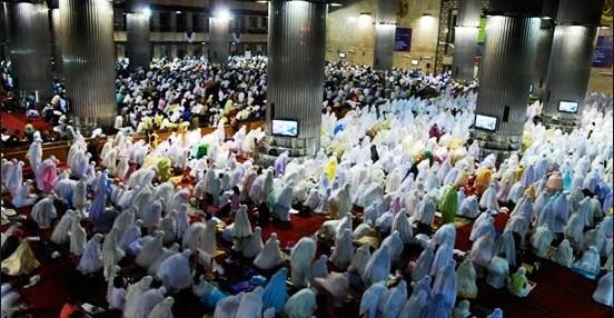 FADHILAH / HIKMAH DAN KEUTAMAAN SHOLAT TARAWIH / TARAWEH