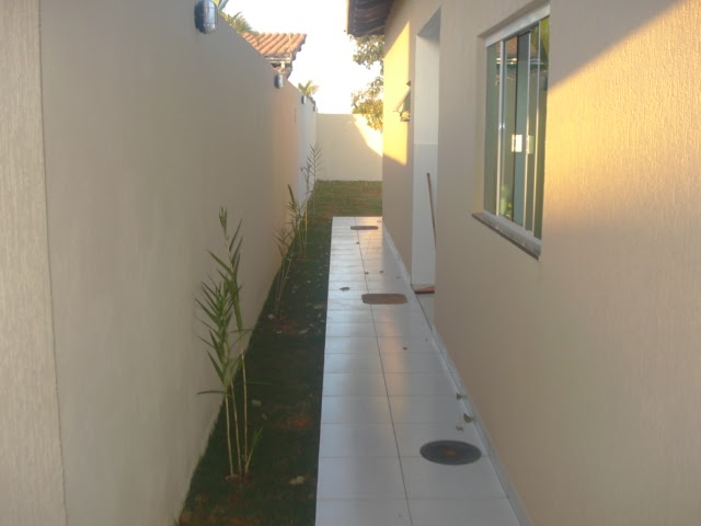 Lindas Casas em Vicente Pires Corredor externo e quintal