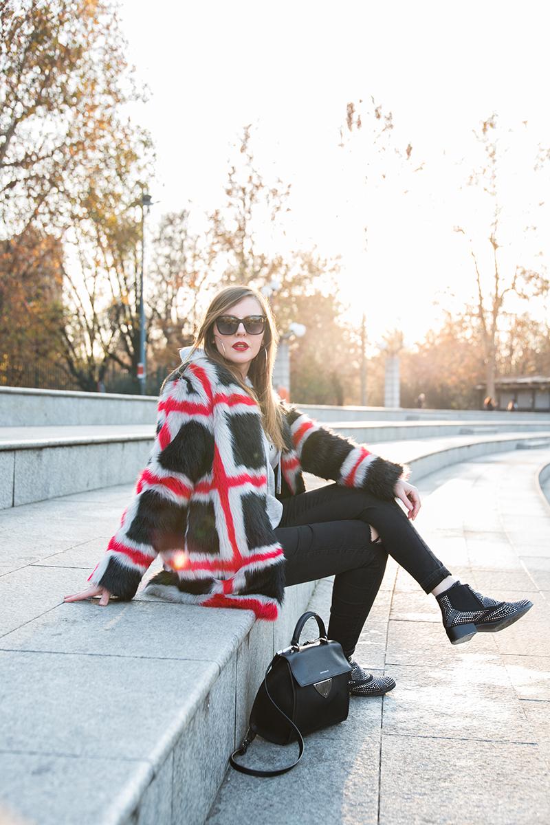 outfit pelliccia ecologica blogger Francesca Focarini