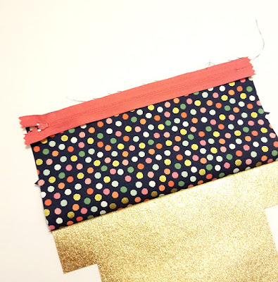 add zipper to fabric pouch