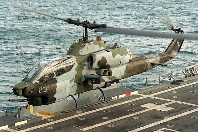 Helikopter AH-1 SuperCobra