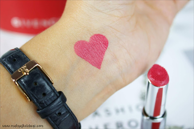 Givenchy Le Rouge Liquide Swatch