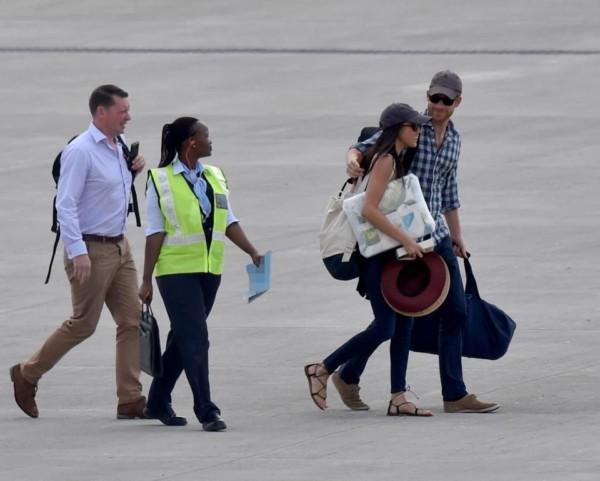 Prince-Harry-Meghan-Markle-Africa-birthday-celebration