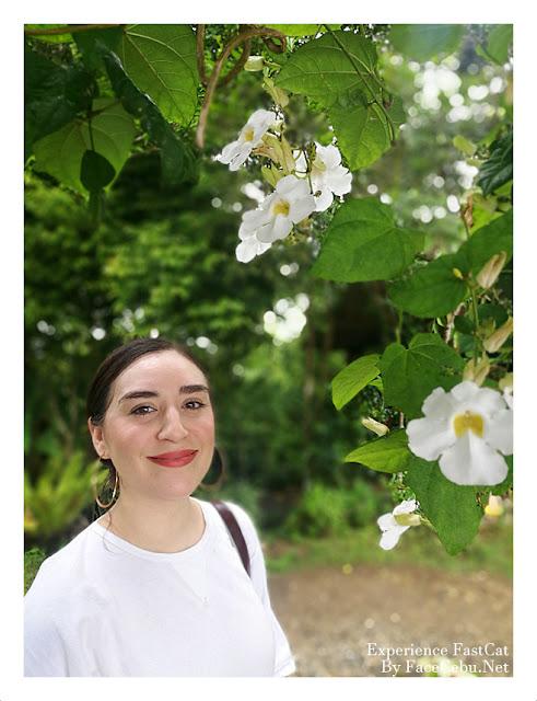 JugsAndPugs Blogger, Naomi Bersales