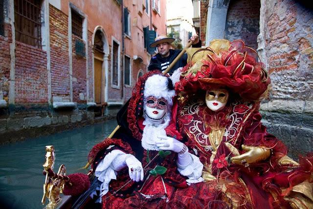 El carnaval de Venecia surge a partir de la tradición del año 1296-1706 29fcf7412ef4