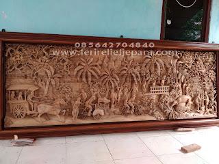 relief ukiran kayu pedesaan