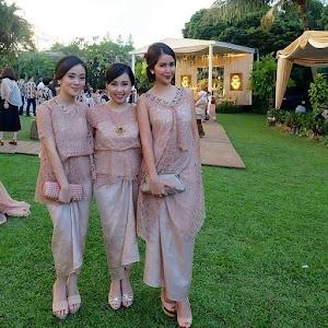 18+ Model Kebaya Pesta 2018 Desain Cantik, Elegan & Mewah