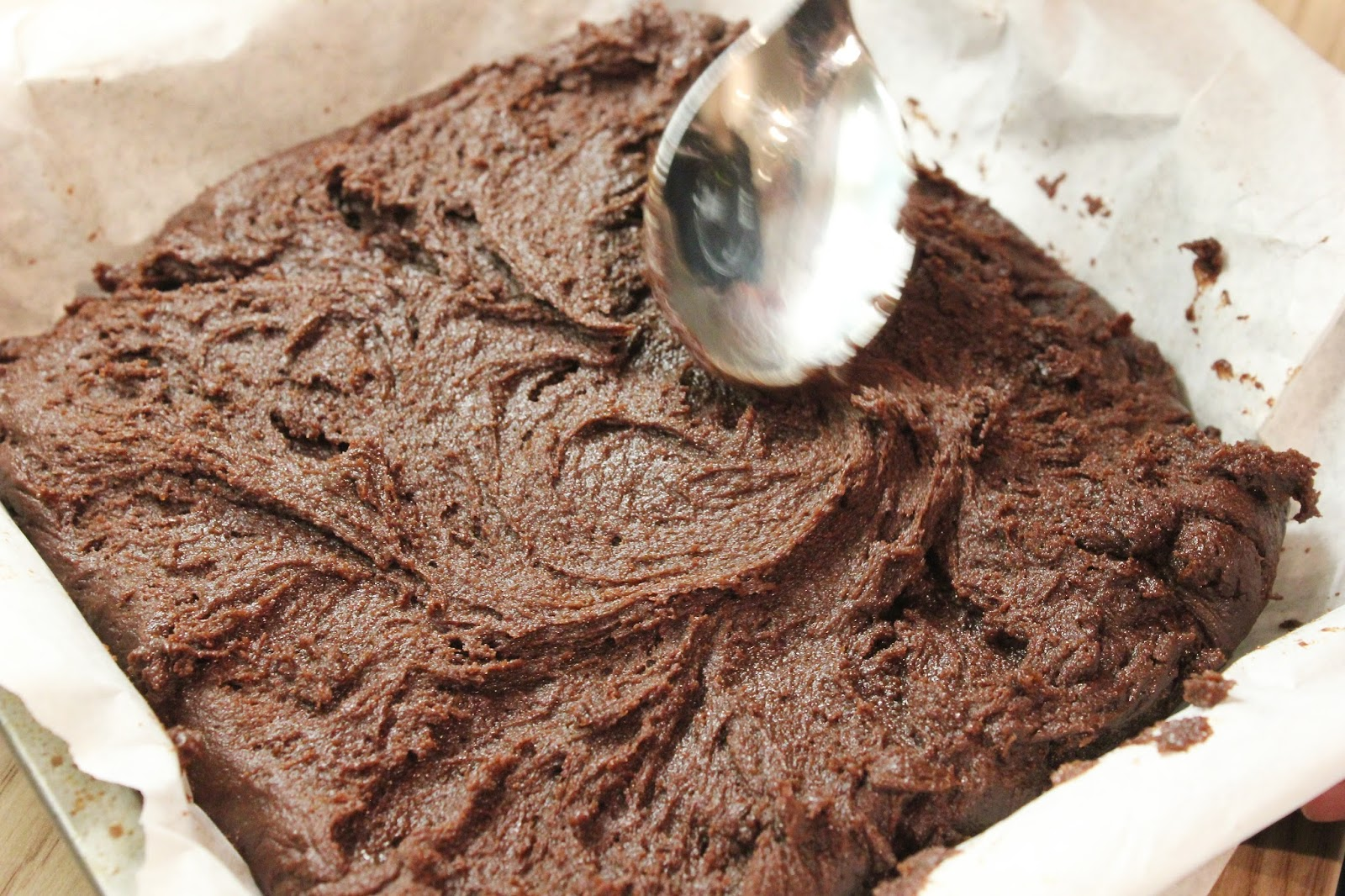 georgie minter-brown, actress, blogger, baking, chocolate brownies, recipe, delicious alchemy, gluten free