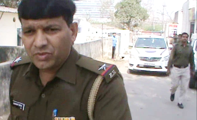 Faridabad Police arrested Bhagoda from Goldfinch Hotel including property dealer Aman Wife