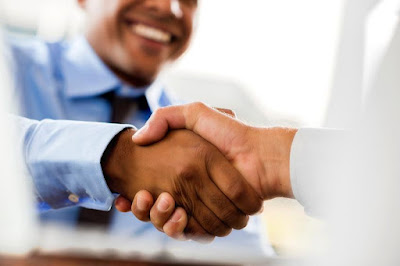 4 Things to Consider When Choosing a Business Partner