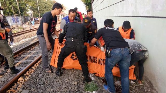 Lagi, Seorang Pria Tersambar Kereta Api di Surabaya