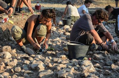 Οι ανασκαφές στη Λέσβο που μας γυρίζουν 150.000 χρόνια πριν