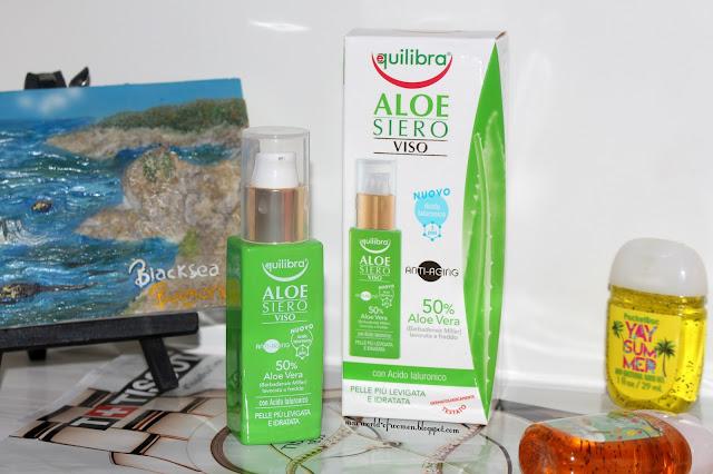 Equilibra - Aloesowe przeciwstarzeniowe serum do twarzy z kwasem hialuronowym