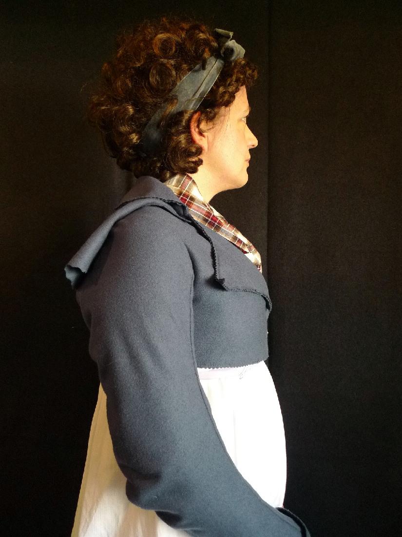 Kleidung um 1800: Chignon und Schlangenlöckchen ...
