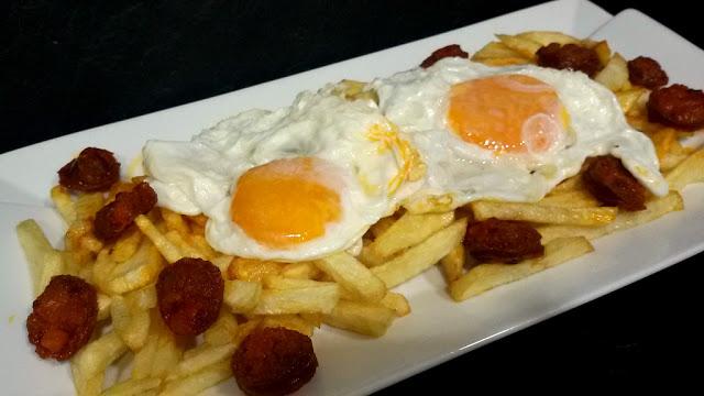 Huevos Rotos Con Chorizo Recetas Caseras Y Sencillas