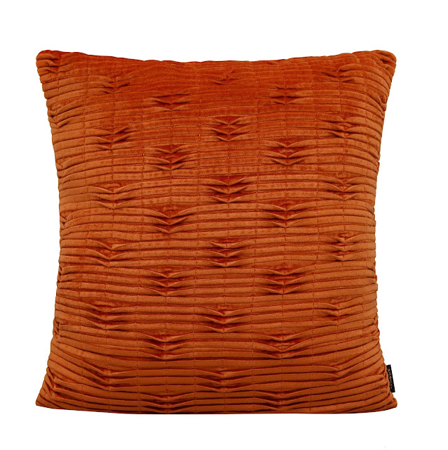 8529_Regium Pleated Orange Velvet Cushion-rs 2000