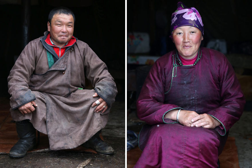 Narahuu and Bolorma, husband and wife - Meet The Tsaatan Nomads In Mongolia Who Live Like No One Else