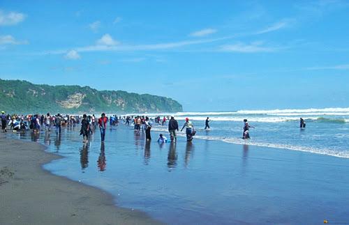 Epic travelers - Parangtritis Beach Yogyakarta