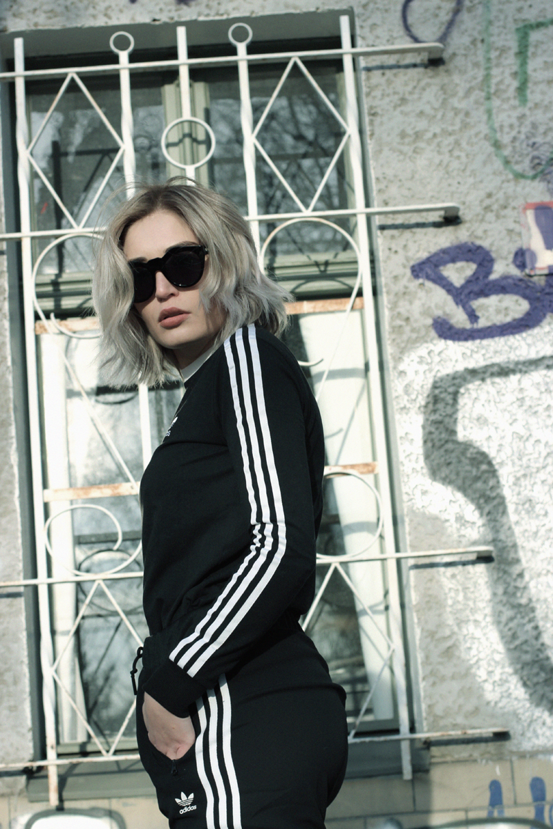 VOutfit-ootd-Fashion-Blog-Berlin-Streetstyle-Adidas-Stefanel-Look-Munich-Muenchen-Fashionblogger-Modeblog-Mode-Lifestyle-Lauralamode