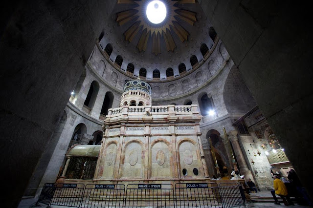 Newly renovated Tomb of Christ at risk of 'catastrophic' collapse