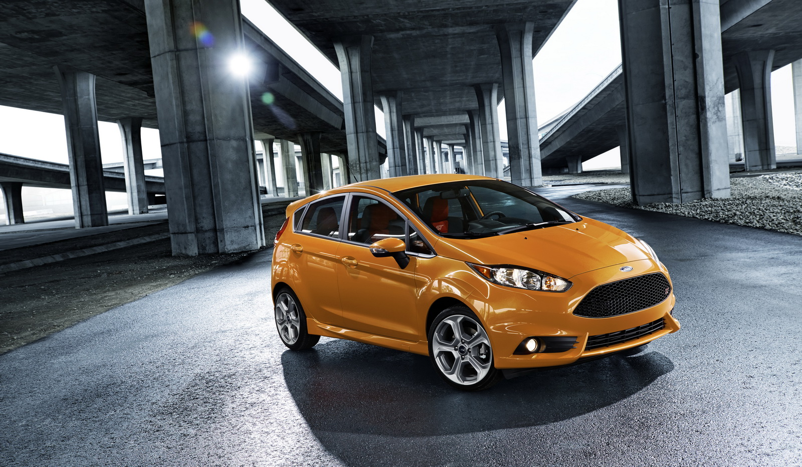 2017 ford fiesta st available now with new color free driver training carscoops. Black Bedroom Furniture Sets. Home Design Ideas