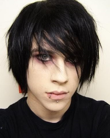 Fantastic Emo Hairstyle For Your Emo Boys Or Emo Girls Blacksandbrights Short Hairstyles Gunalazisus