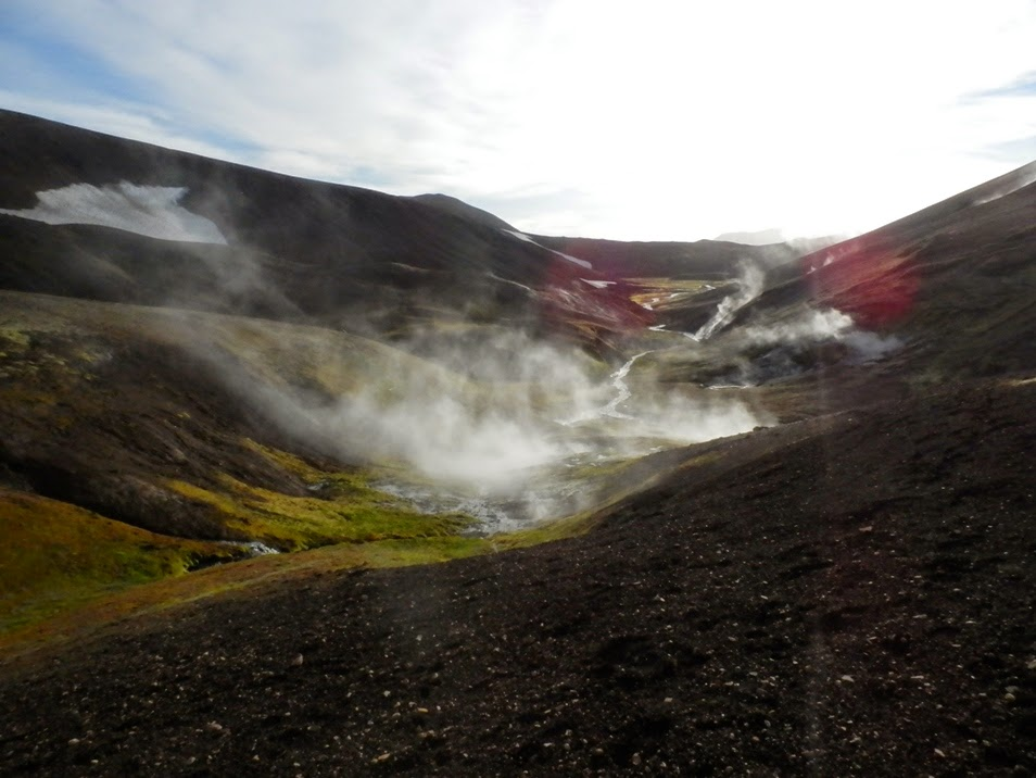 Vistas-impresionantes-del-primer-día-de-trekking-Laugavegur-en Islandia