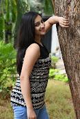 Mouryani latest glamorous photos-thumbnail-15