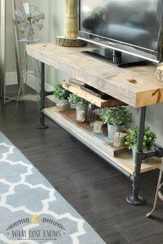 Meja bergaya rustic industrial terbuat dari pipa besi/baja dan kayu