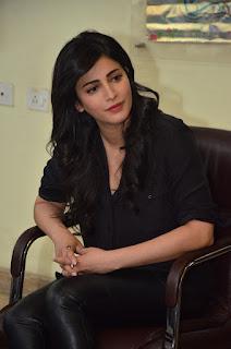 Premam interview shruti hassan latest pics