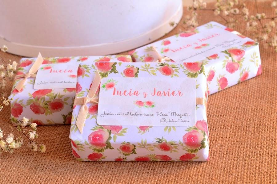 detalles personalizados para bodas jabones rosa mosqueta
