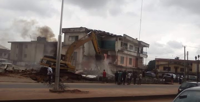 people continues to count  their loses as Okorocha's Bulldozers continues to rip down properties. [Photos]
