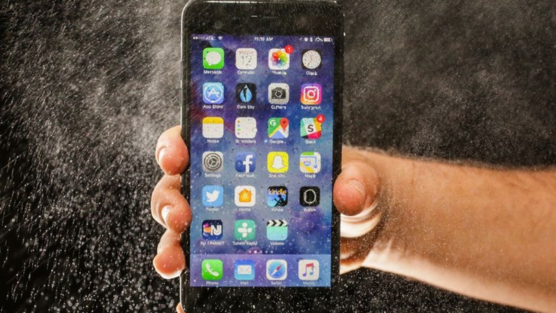 12-) iPhone 7 Plus : 1,24 Watt