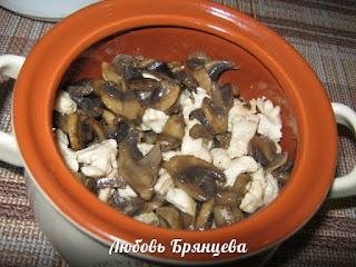 блюдо жульен с грибами и курицей