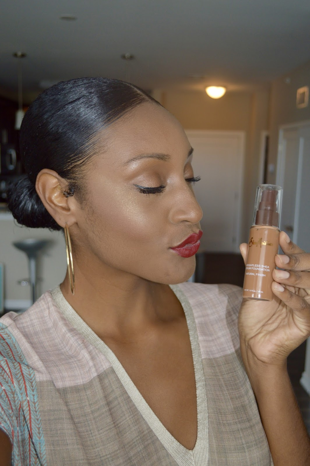 SheaMoisture's Weightless Shea Serum Foundation Review