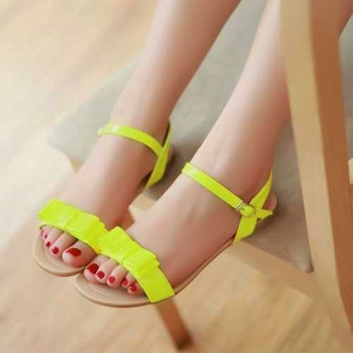 New And Exclusive Summer Flat Sandals Collection For Teen ...