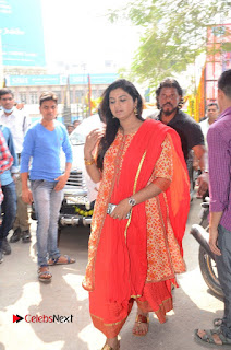 Shatamanam Bhavati Team at Sandhya Theater  0005.JPG