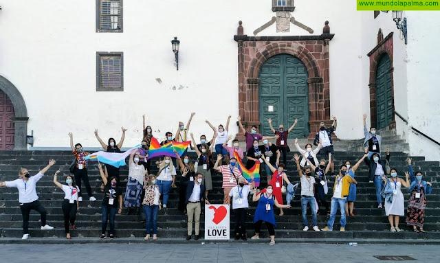 La Palma logra concentrar por primera vez a todas las asociaciones LGTBI de Canarias para compartir sus vivencias durante el covid