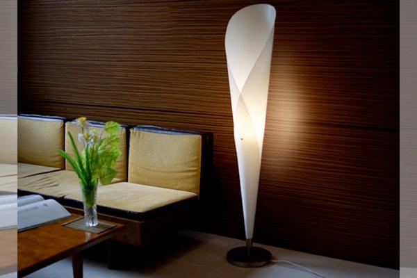 sculptural-floor-lamp