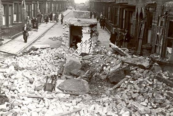 17 September 1940 worldwartwo.filminspector.com Liverpool bomb damage