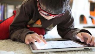 Ini Akibatnya Bila Anak Kecanduan Gadget