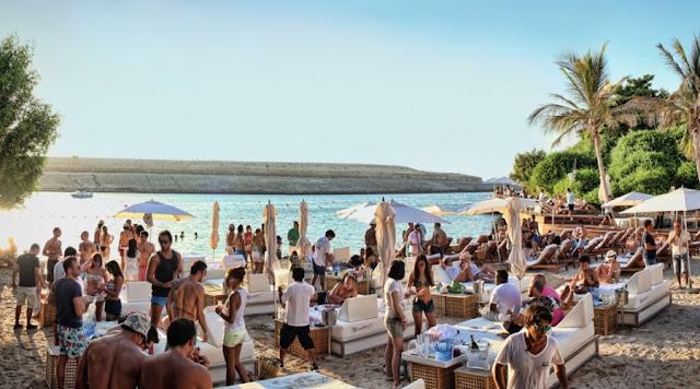 Características da Cala Jondal em Ibiza