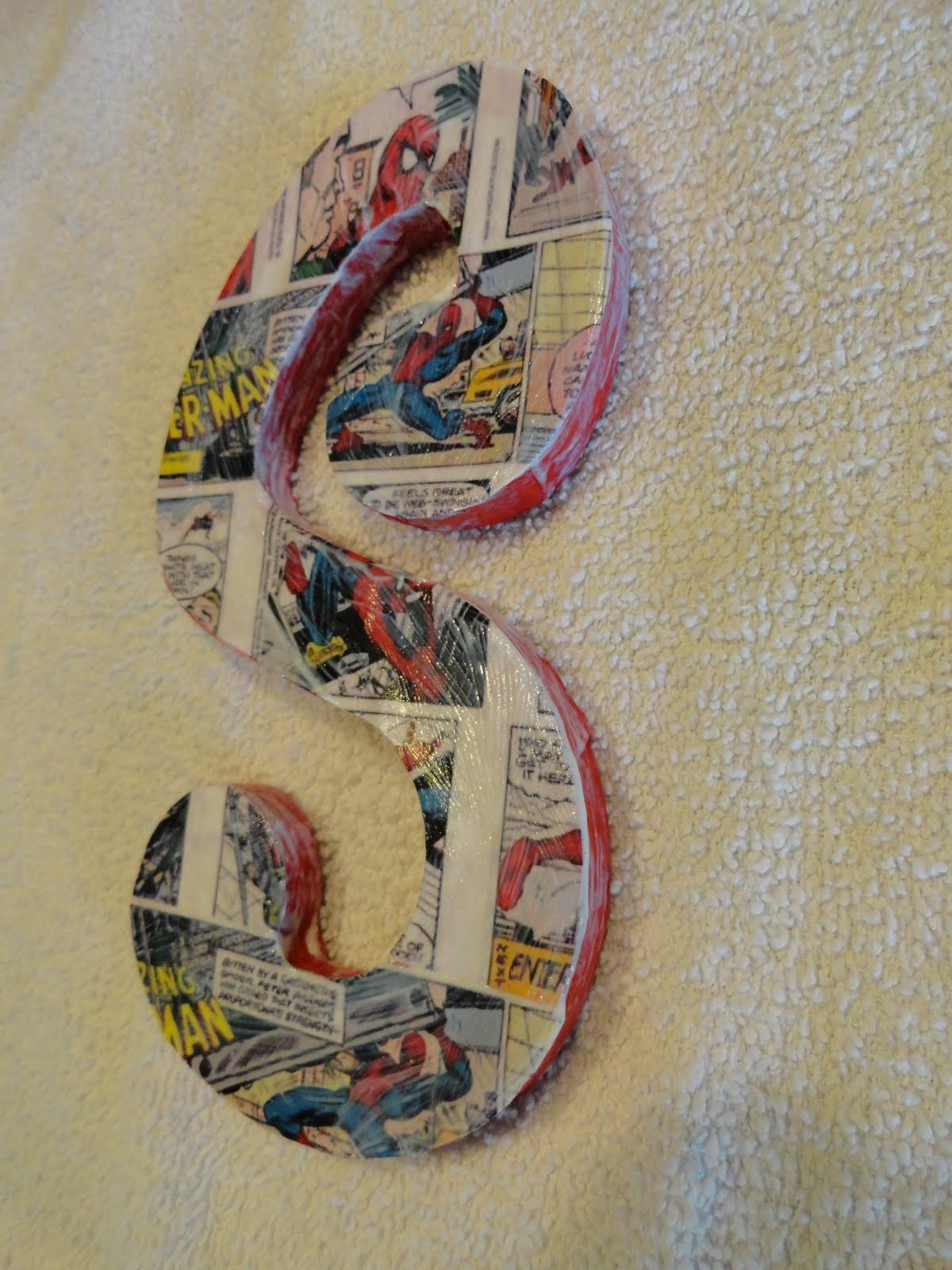 SpiderMan Inspired Party | DIY Comic Book Letters - via BirdsParty.com