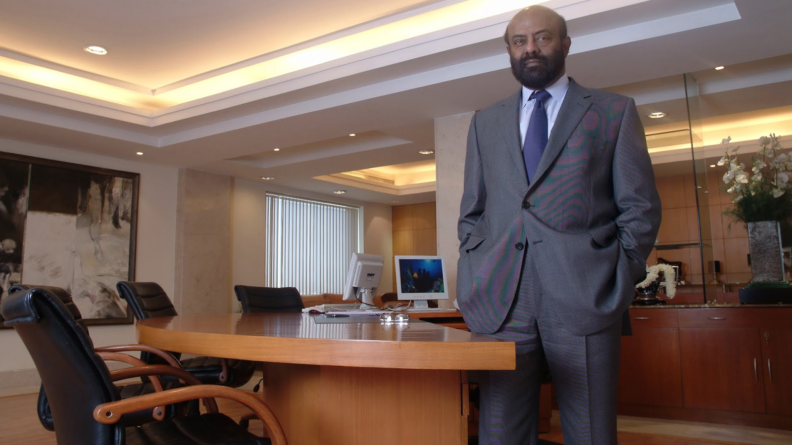 Shiv Nadar richest indian