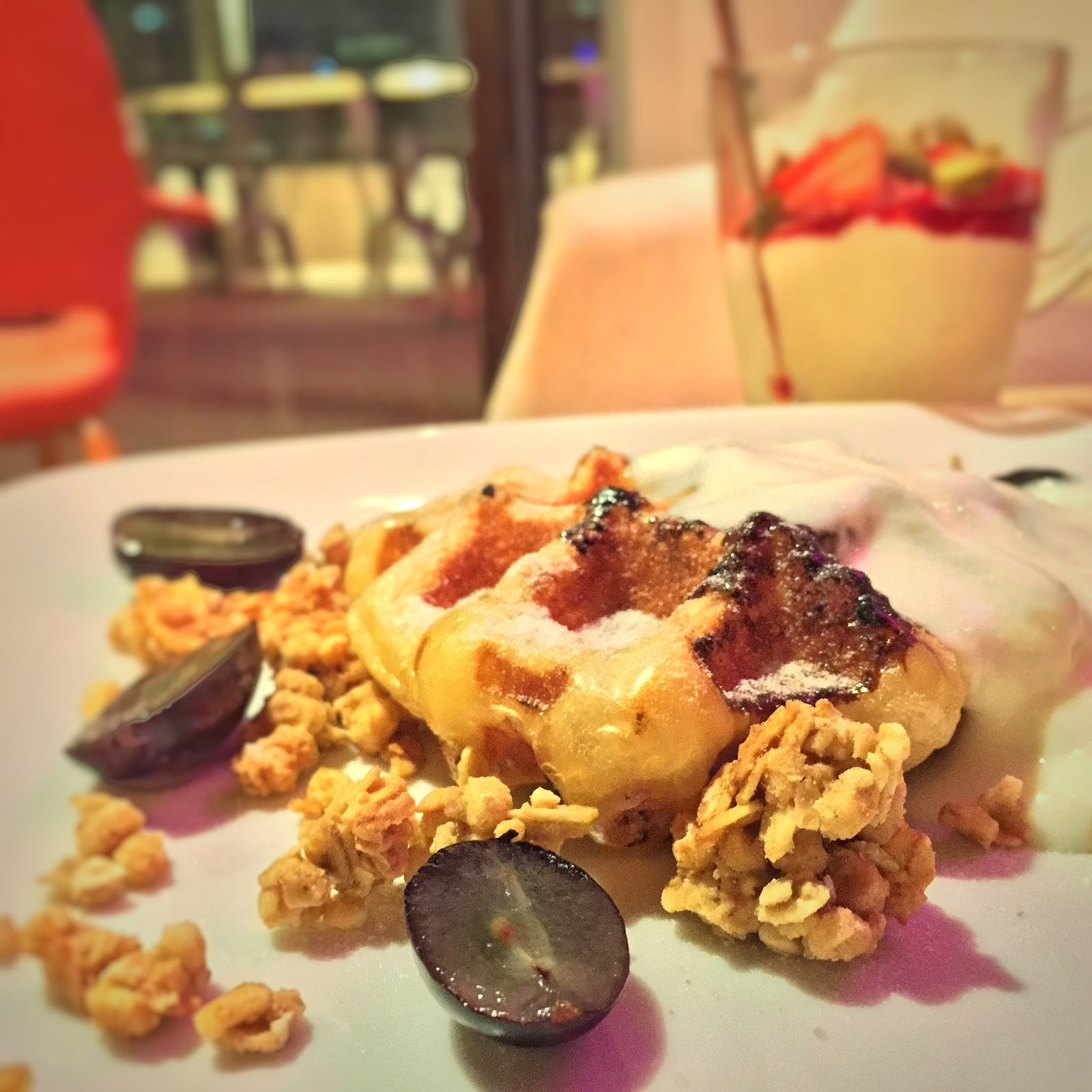 Penang Brown Pocket Cafe - Yo-Grape Waffle