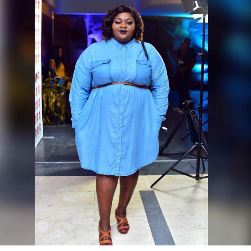 Eniola Badmus rocks denim dress to 3 Thrones